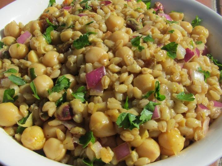 Moroccan chickpea & barley salad